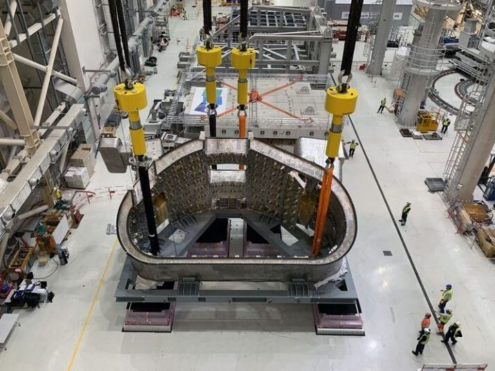 Enerpac SyncHoist Provides Millimetre Lifting Accuracy for ITER project