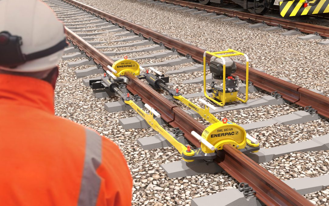 Enerpac Announces Lightweight, Cordless Rail Stressing Kit for the European and Asian Markets
